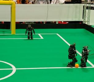 دورههای پیشرفته و دانشگاهی آموزش رباتیک به دانشجویان