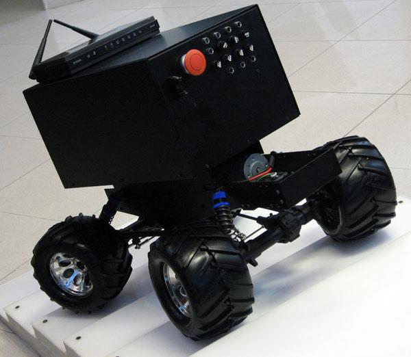 پلتفورم ربات امدادگر خودکار