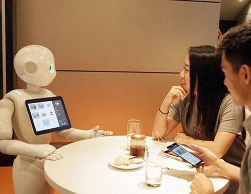 ربات پپر در رستوران