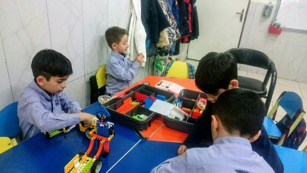 کلاس رباتیک پیشروبات