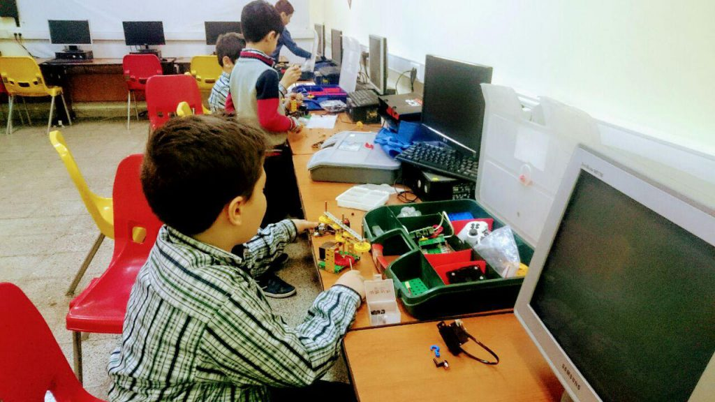 برگزاری کلاس رباتک در مدارس