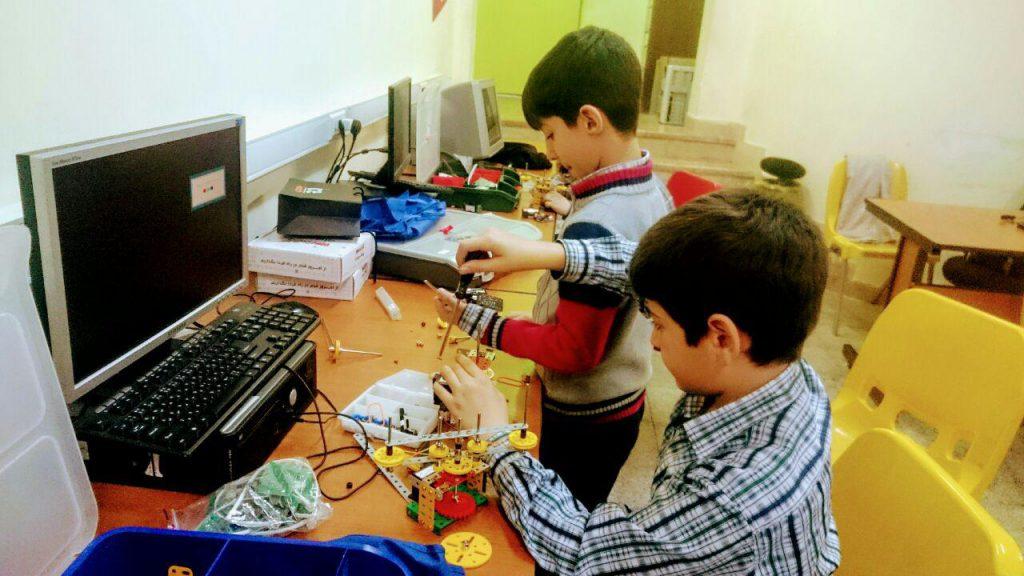 آموزش رباتیک در مدارس