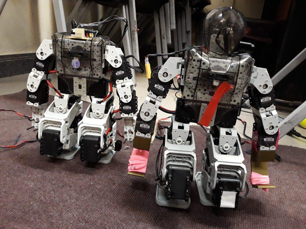 آموزش ربات انسان نما و ربات انسانی